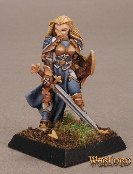 Finari, Crusaders Hero